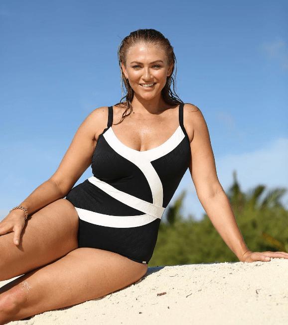 10 лучших купальников для самых ярких