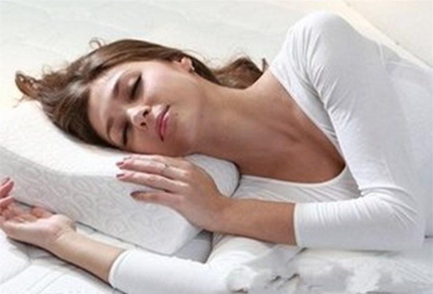 10 правил для полноценного сна, которые избавят вас от морщин