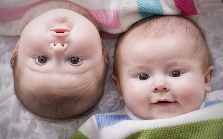 25 особенностей, которые отличаю малыша от повзрослевшего ребенка