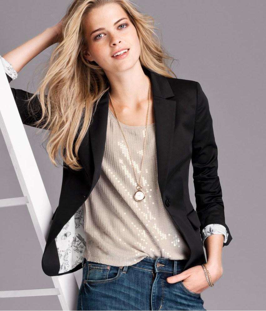 30 обязательных предметов гардероба для женщин старше 30