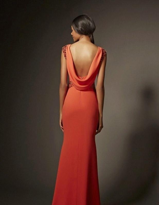 Как подобрать платье, притягивающее мужские взгляды?