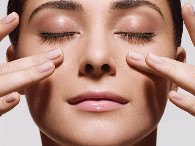 Как предотвратить морщины на лице? Основные правила самомассажа