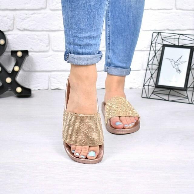 Какая обувь идеально сочетается с джинсами? Вот несколько советов!