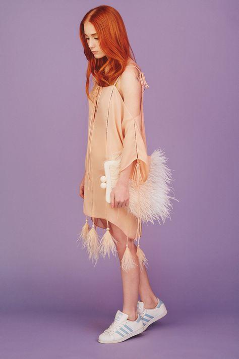 Модные весенние платья, которыми стоит пополнить свой гардероб