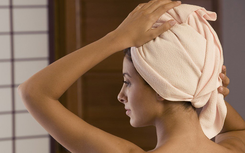 Несколько простых и эффективных рецептов масок для волос с кокосовым маслом