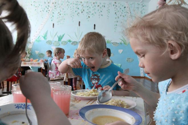 Три интересных факта о том, как воспитывают своих малышей норвежские семьи