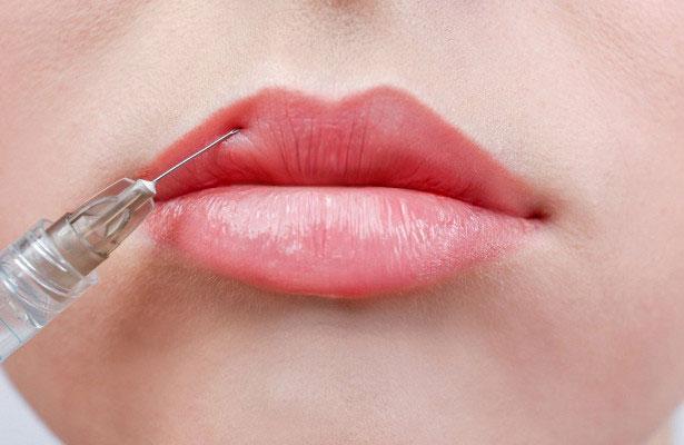 Увеличение размера губ, приводящее к необратимым последствиям