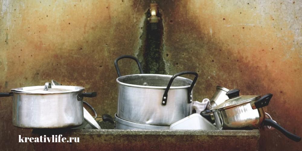 порядок в доме и благополучие, бардак, немытая посуда, хлам